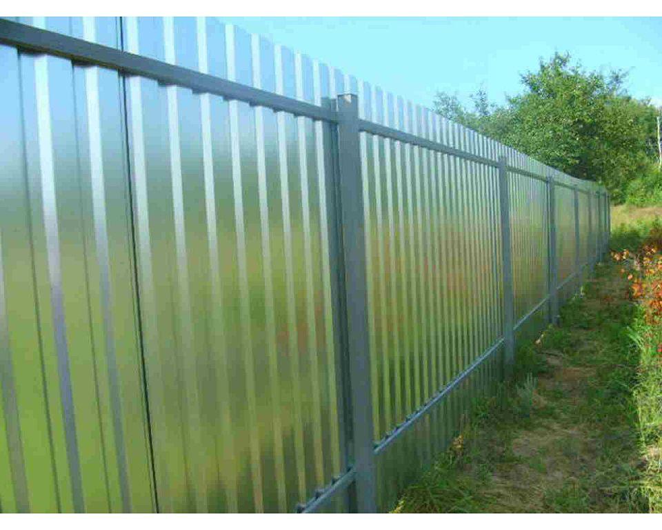 Забор из профнастила оцинкованный