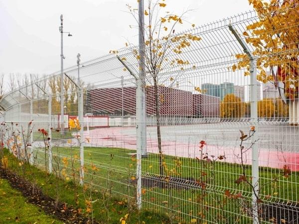 Забор из сетки 3д белый