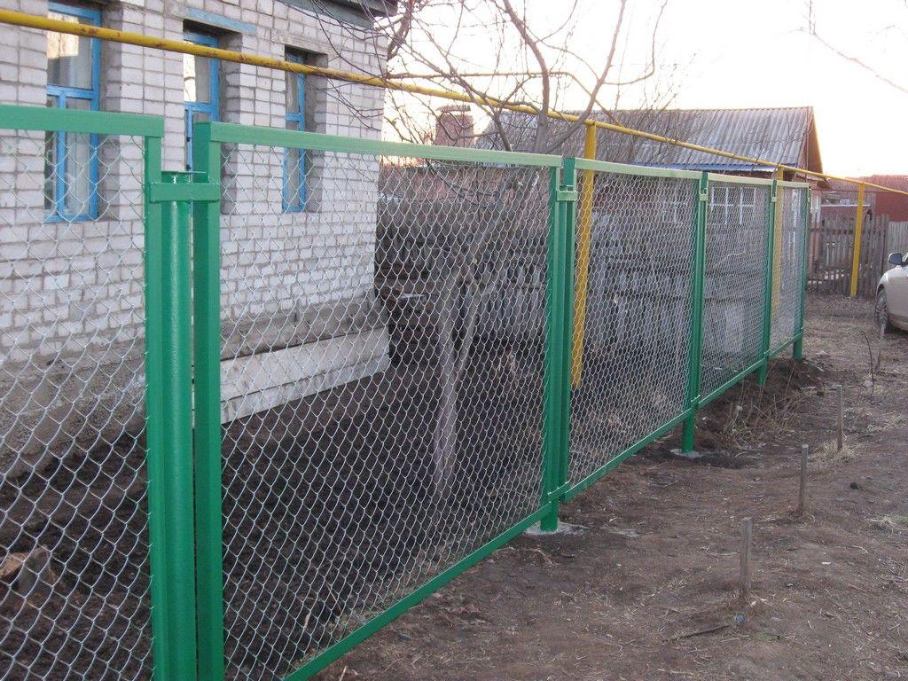 Забор из сетки рабицы зеленый в раме