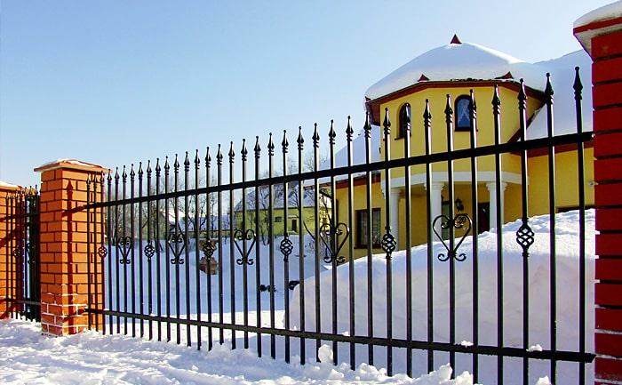 Забор сварной с ковкой